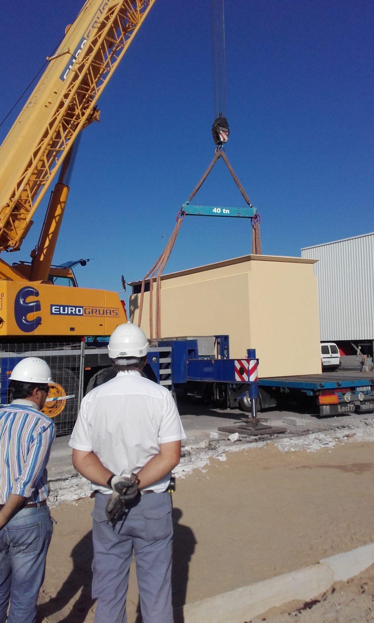 Taller de fabricación de cuadros eléctricos, Oficinas y Sala de formación.